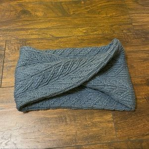 Under Armour Accessories - Under Armour infinity scarf